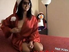 Deseyrellin Holiday Cam Show