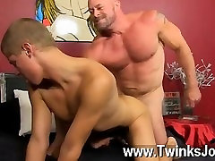 Hot gay scene Muscled hunks like Casey Williams love to get some activity