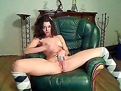 cute girl masturbate