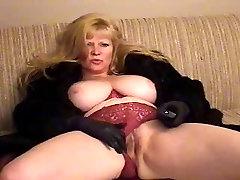 BBW Mature taping herself