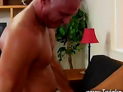 Hot gay sex This wonderful and beefy hunk has the uber-sexy twink Mason
