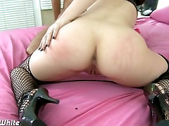 Brunette Jennifer White suck and fuck cock