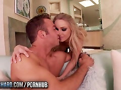 Twistys Hard - Staci Carr gets creampied