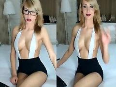 camgirl smoking with glasses lj