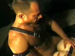 Eric Evans jodiendo a musculoso - Scene 02, Gates Of Eden