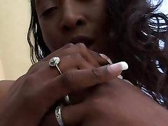 Ebony beauty - 3 Vision Entertainment