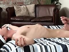 Gay twink boys desperation pissing Luca Loves That Fleshligh