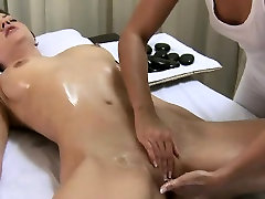 Two sexy lesbians lick each others wet pussies