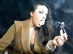 Pipe smoking by Alexxxya the smoke fetish queen